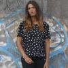 amorporfavor-camiseta-corazones-negra-unisex-03